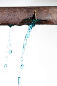 pipe-leak-crack-water