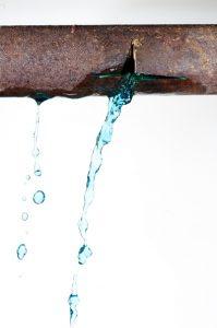 pipe-leak-crack-water