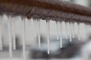 frozen-pipe-dam